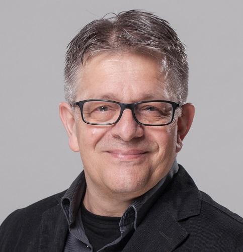 Dr. Axel Darwig
