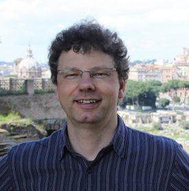 Dr. Ralf Irmer